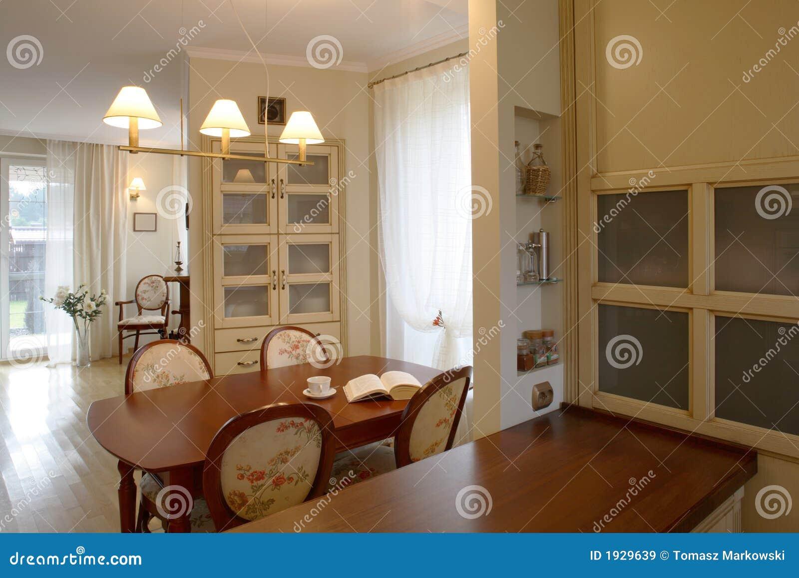 Sala da pranzo classica immagine stock. Immagine di progettato - 1929639