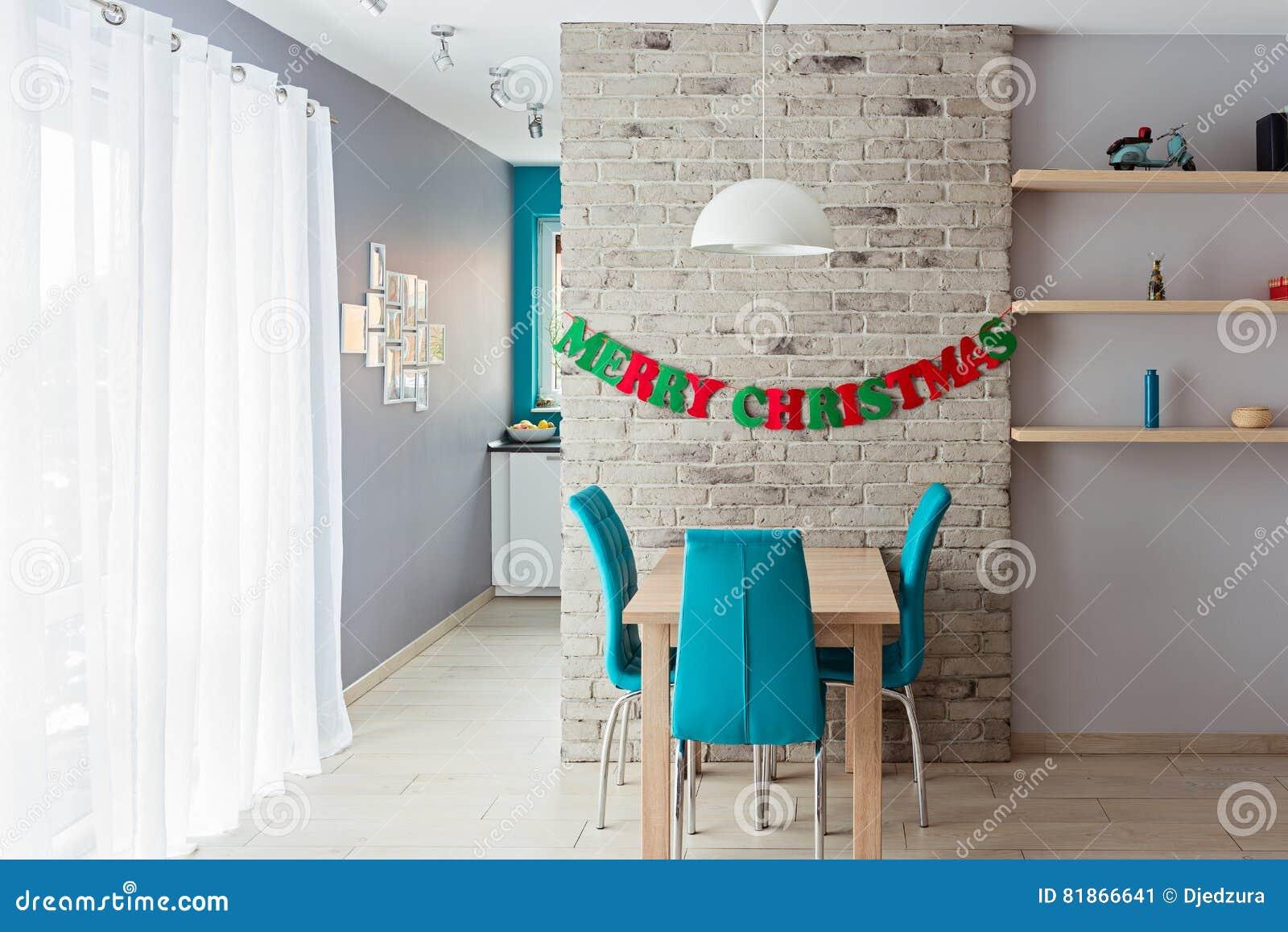 Decorazioni Sala Natale : Sala da pranzo con la decorazione di natale immagine stock