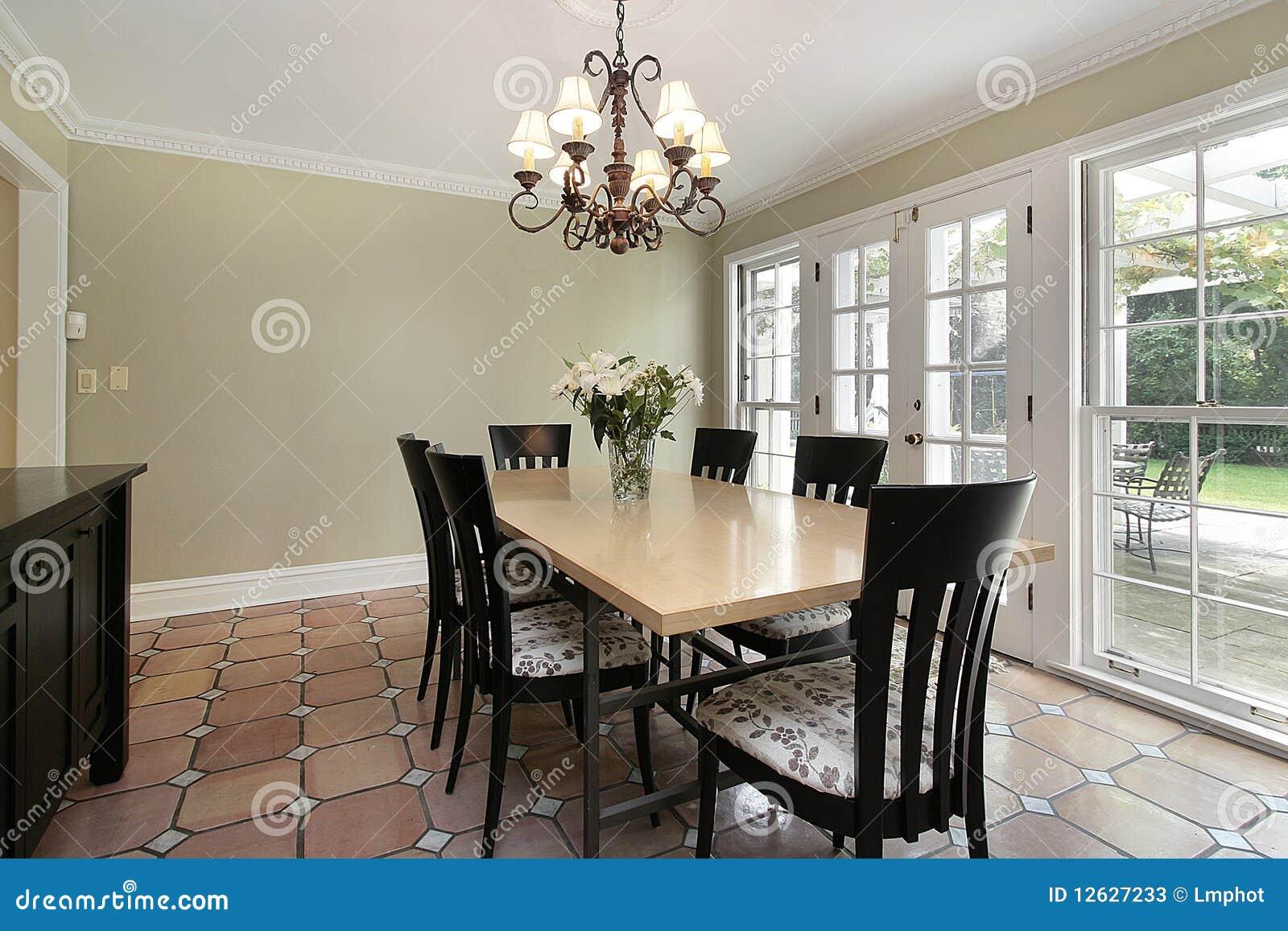 Sala Da Pranzo Nella Casa Di Lusso Immagine Stock - Immagine di ...