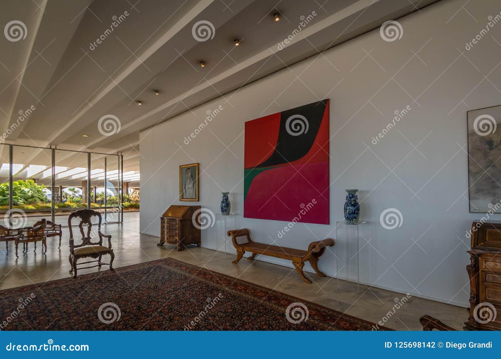 Sala de Duas Epocas no interior do palácio de Itamaraty - Brasília, Distrito federal, Brasil