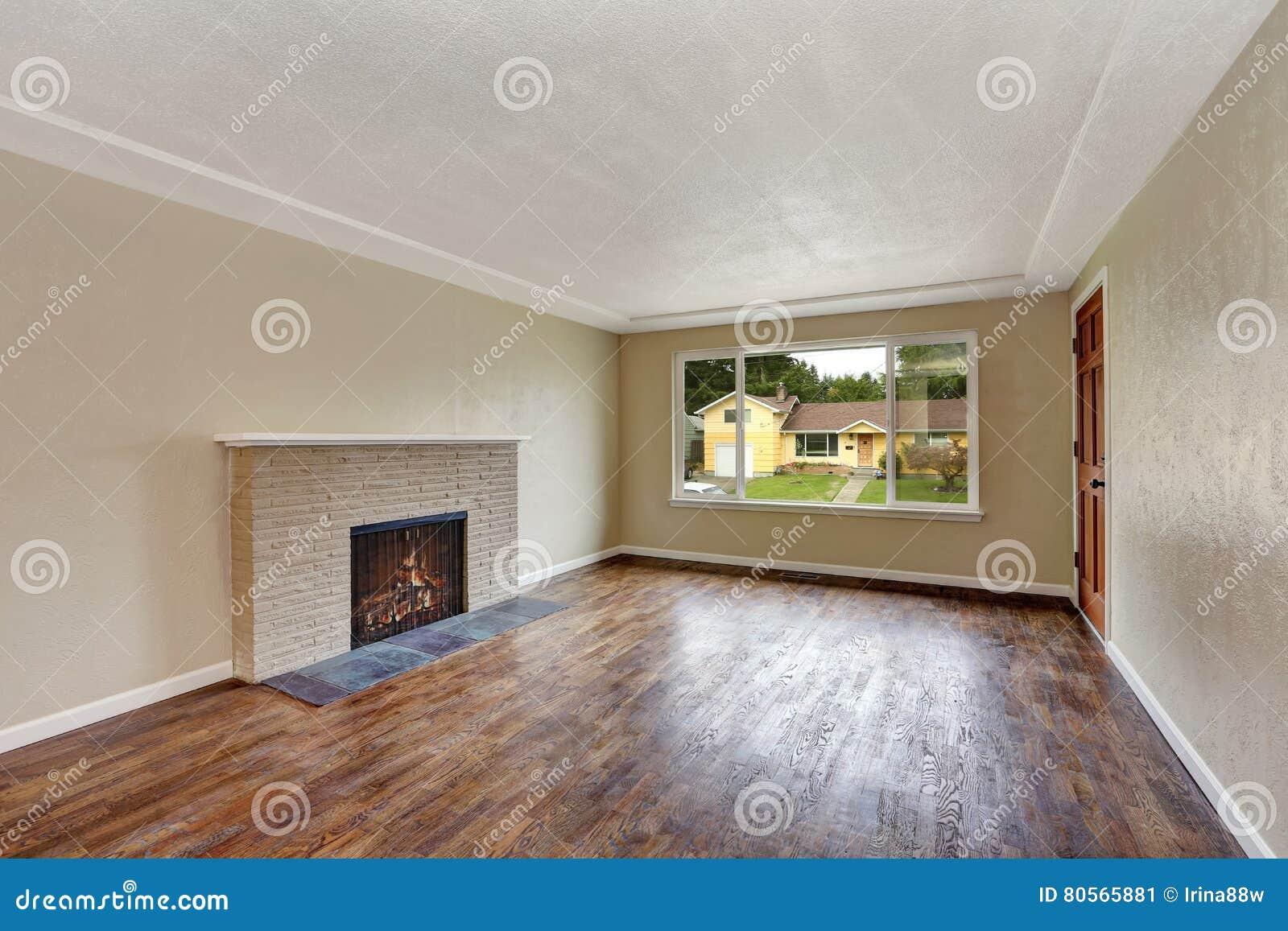 Sala de estar beige sin amueblar en casa vac a foto de - Precio amueblar casa ...