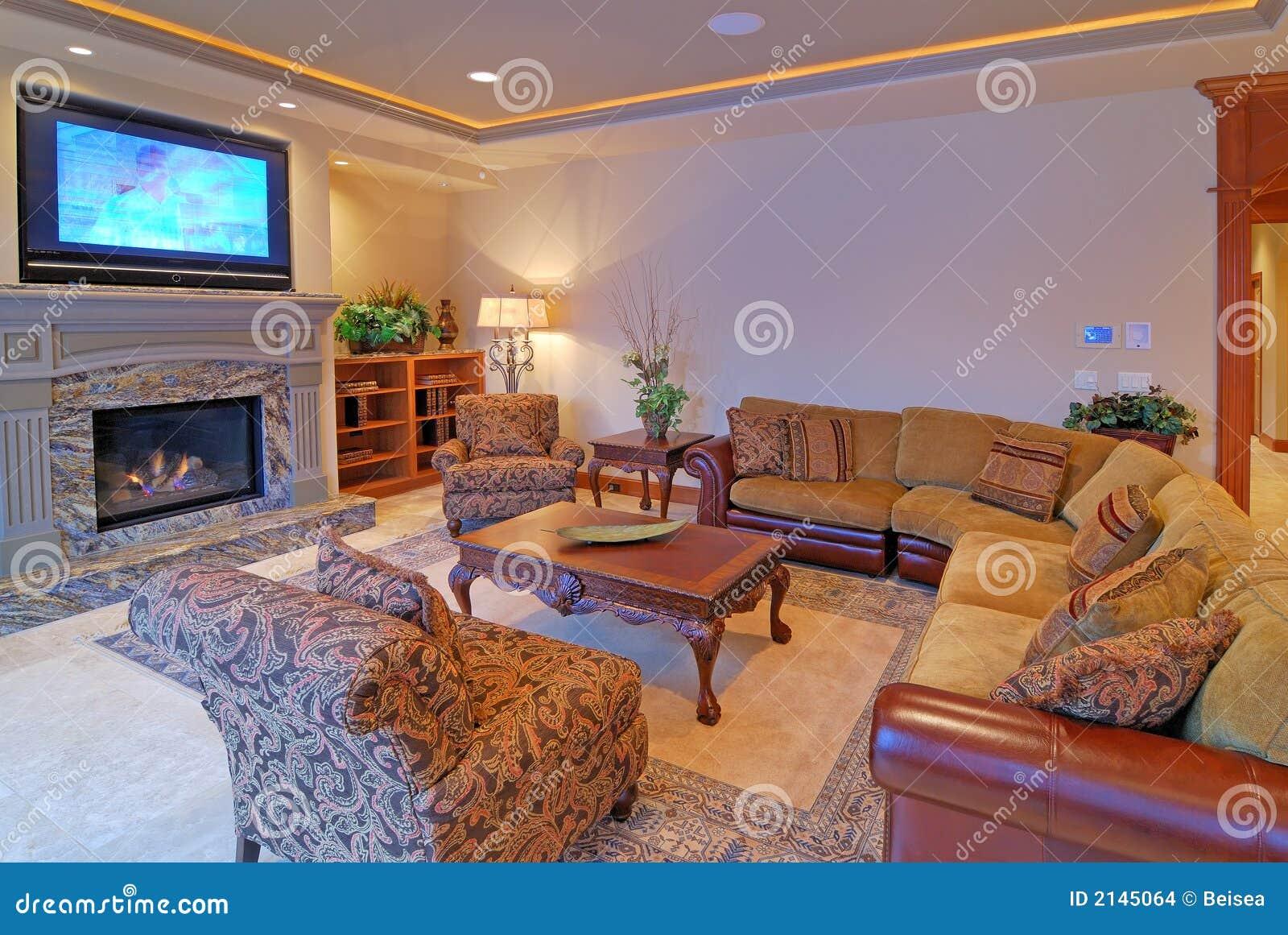 Sala De Estar Grande Com Tv ~ Sala De Estar Grande Imagenes de archivo  Imagen 2145064