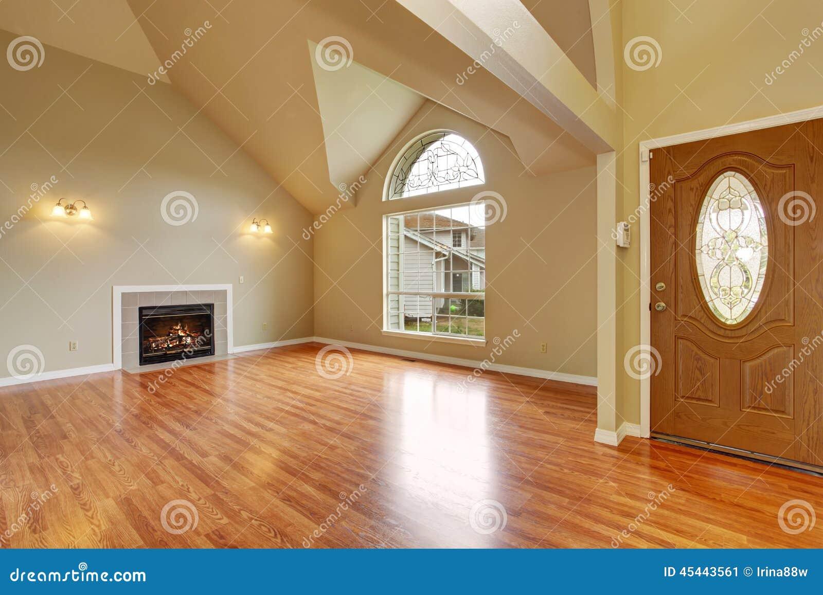 Interior Vacío De La Casa Sala De Estar Con La Pared De Cristal Y ...