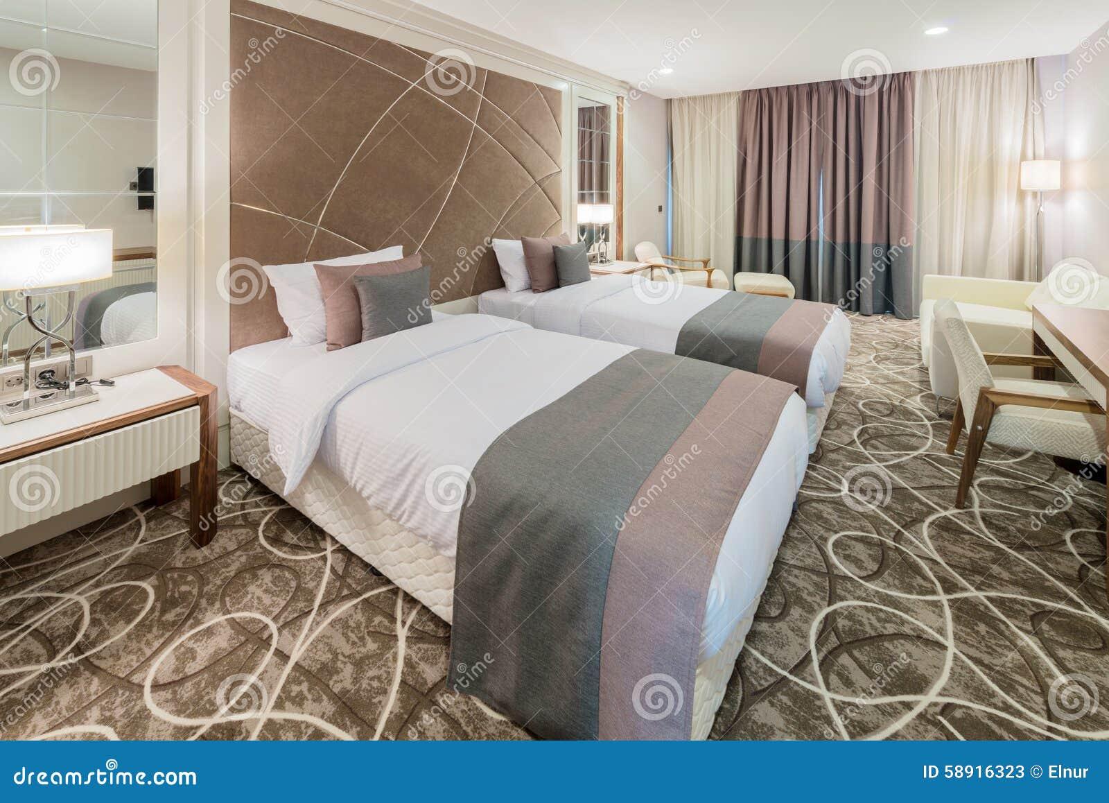 Sala de hotel com interior moderno