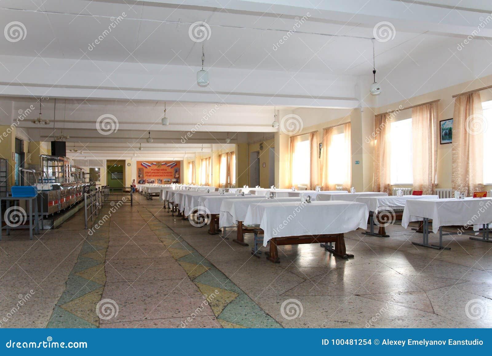 Sala de jantar no armiyu Que para comer forças armadas Foto real do exército, sobre a vida dos soldados Forças armadas do aliment