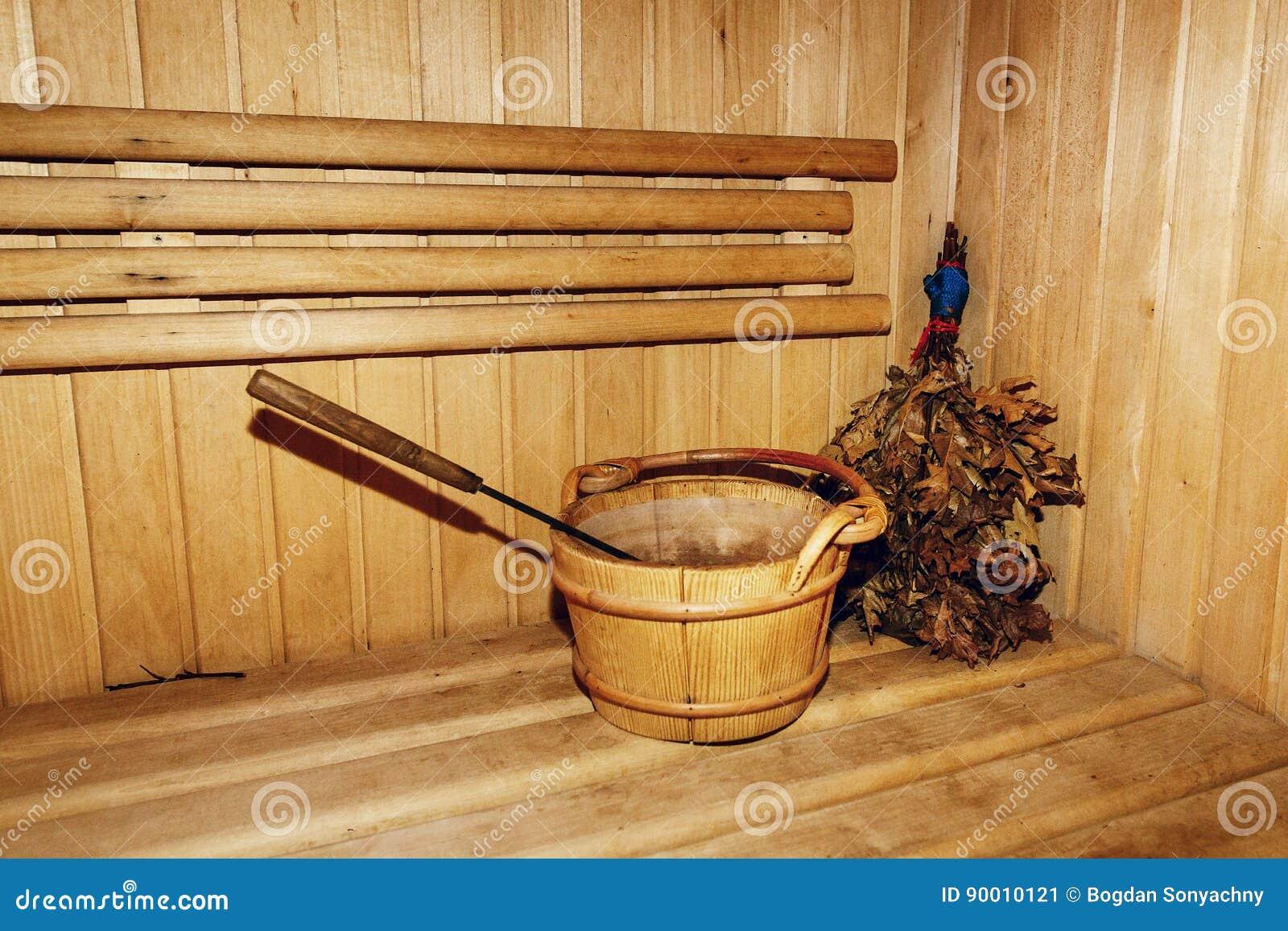 Sauna Da Casa.A Sala De Madeira Da Sauna Do Russo Serra Madeira O Banco