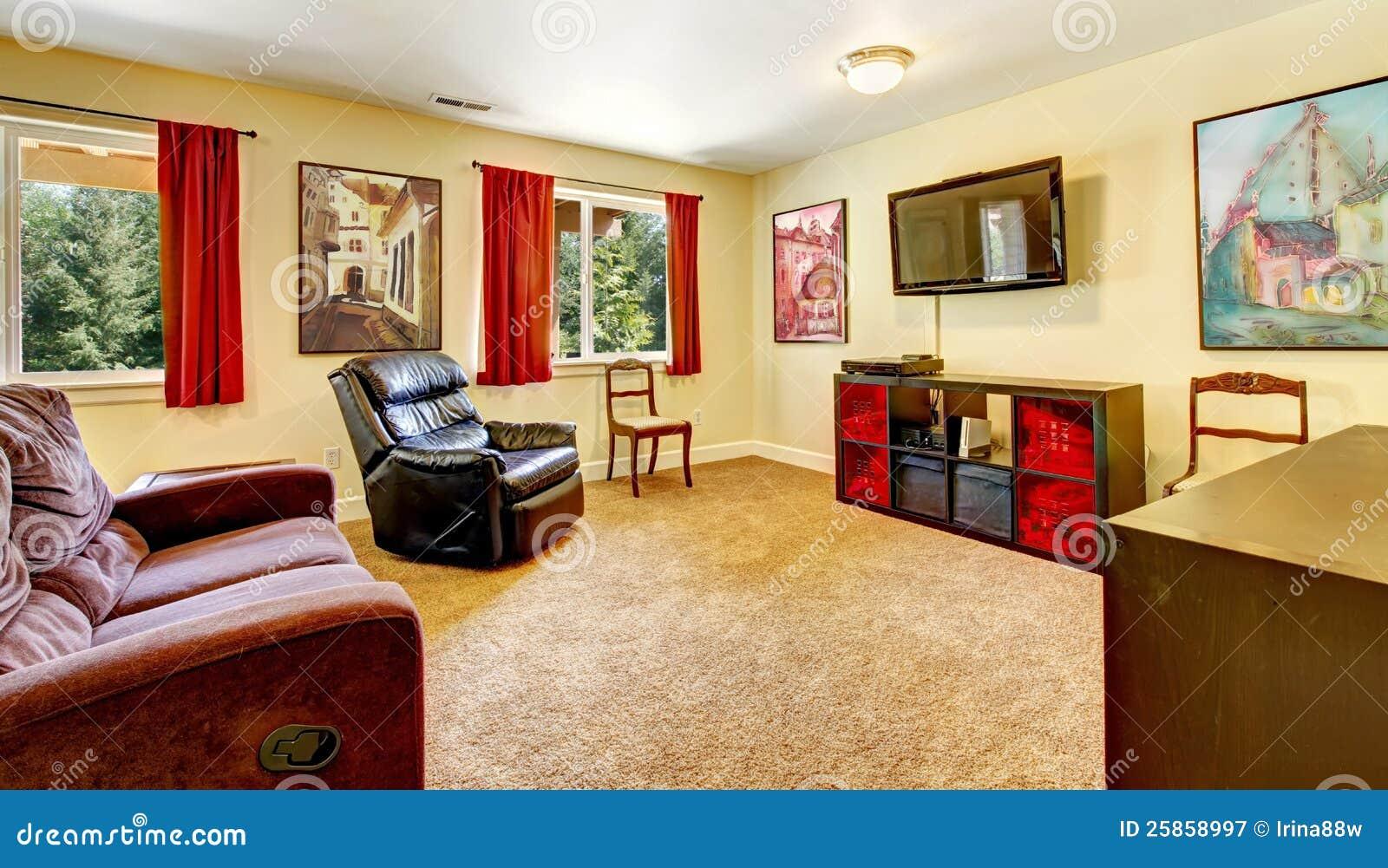 Fotografia de Stock Royalty Free Sala de visitas da tevê com arte e