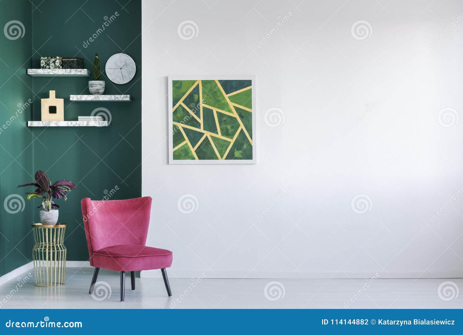 Sala de visitas verde e vermelha