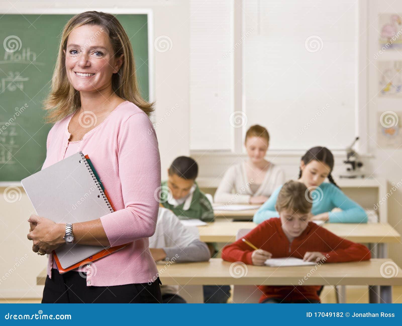 Sala lekcyjnej notatnika trwanie nauczyciel