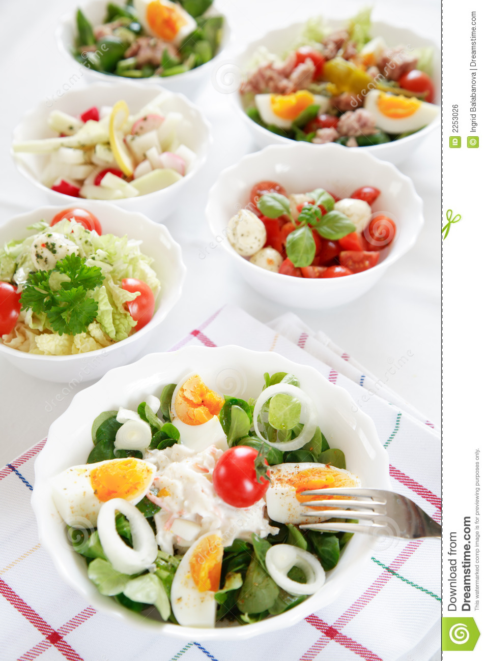 Salad buffet royalty free stock image image 2253026 - Presentation buffet froid deco ...