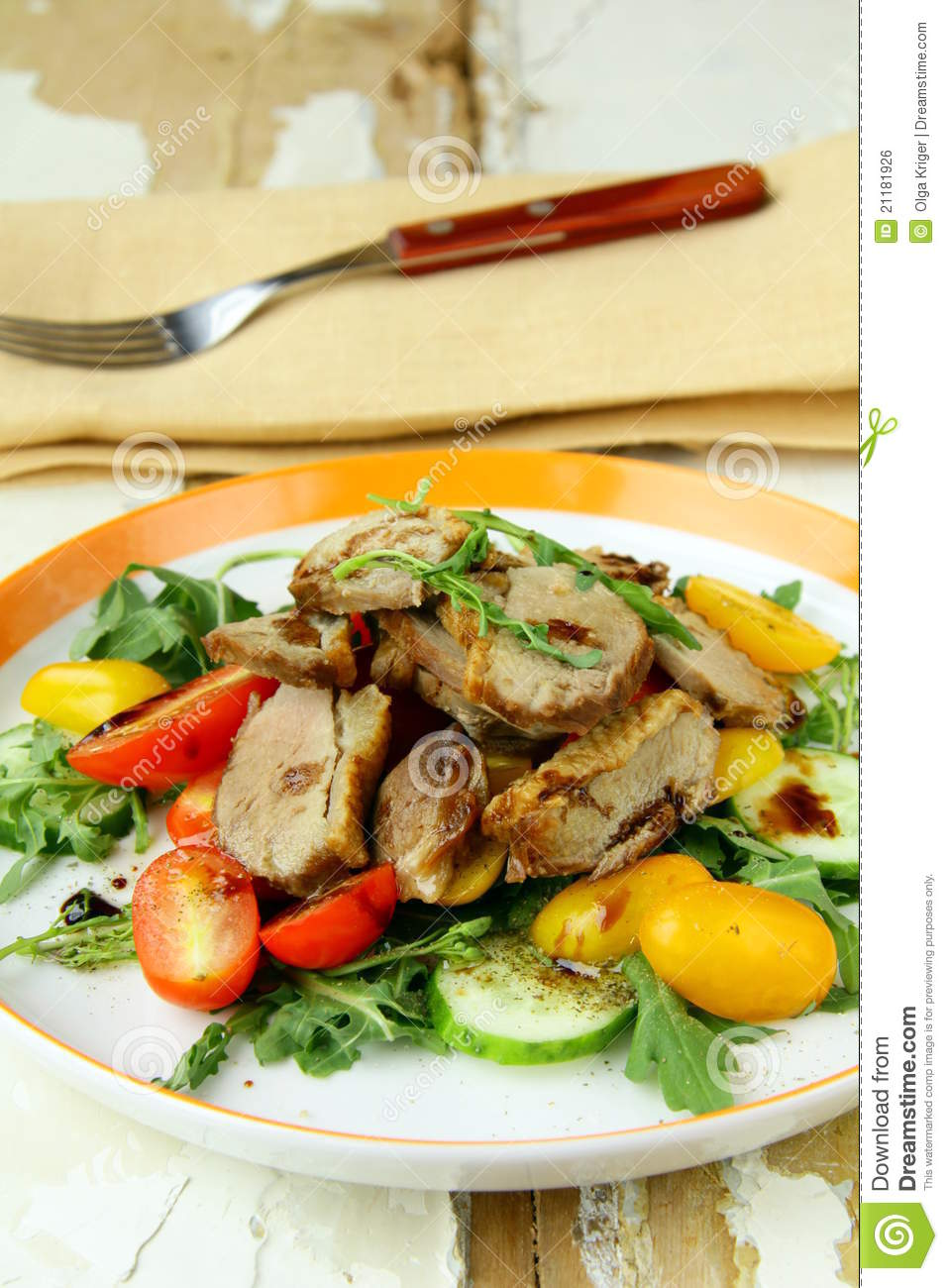 Salad with duck breast, cherry tomatoes