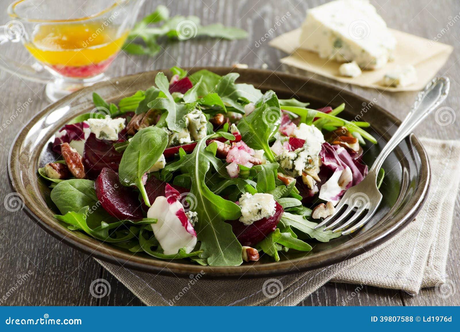 Salada com beterraba,