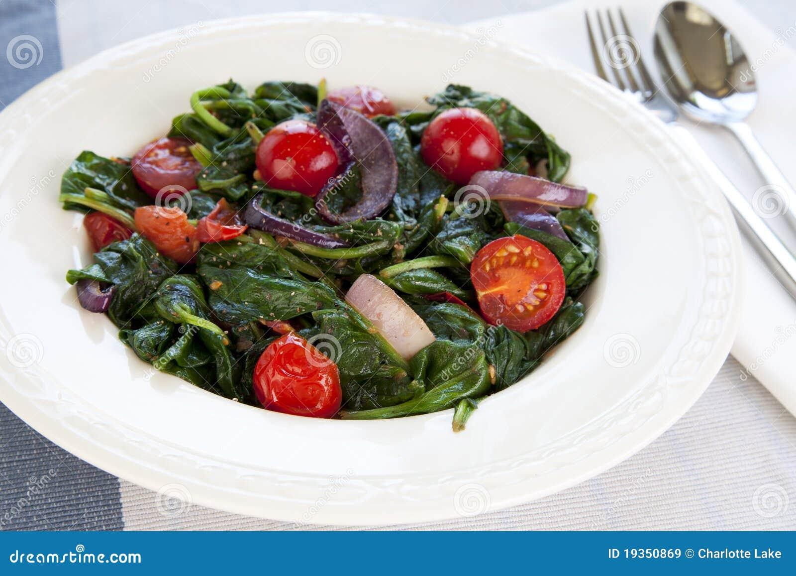 Salada do espinafre do gourmet
