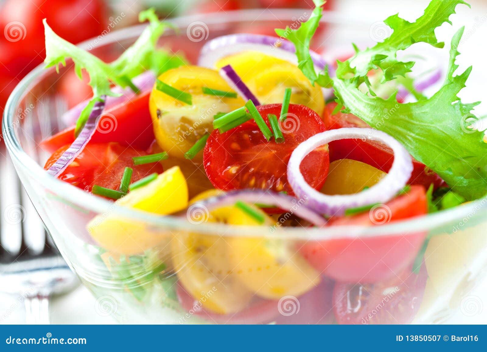 Salada do tomate