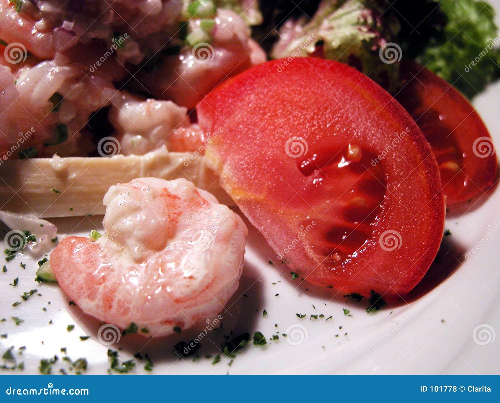 Salada dos camarões