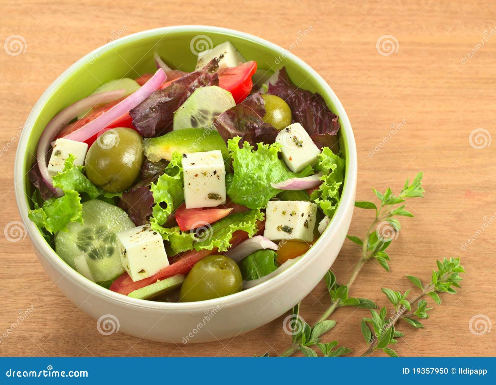 Salada grega com Oregano fresco