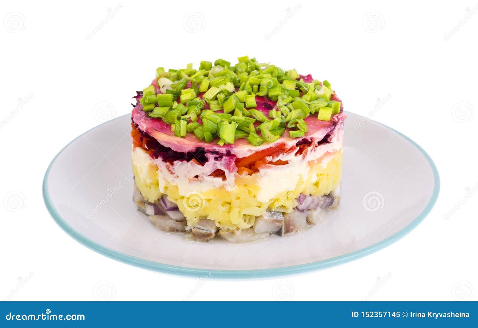Salada mergulhada com vegetais e arenques