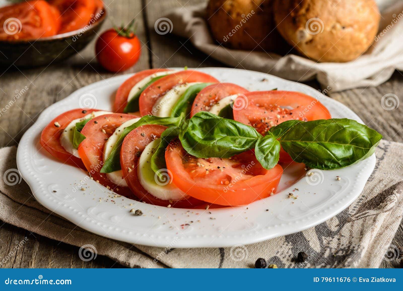 Salada tradicional de Caprese