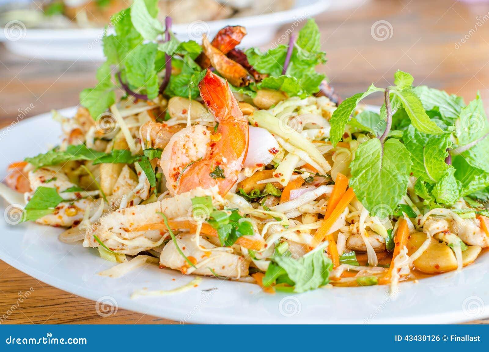 Exceptionnel Salade épicée Thaïlandaise Avec Le Poulet, La Crevette, Les  YF65