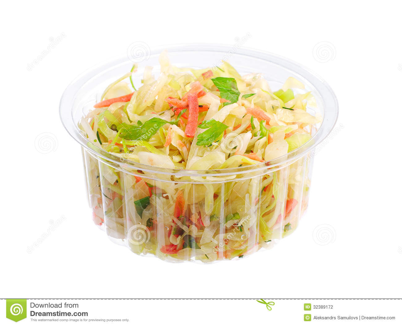 Salade de choux dans un conditionnement en plastique