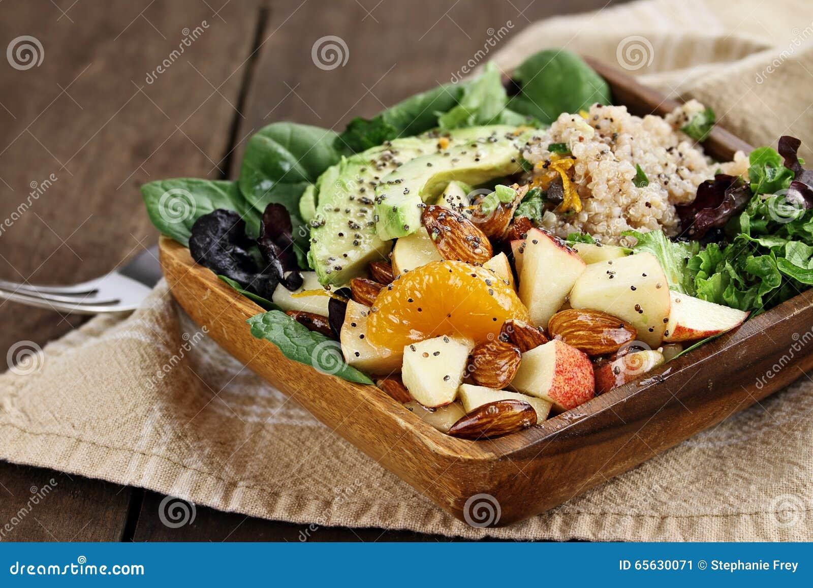 Salade de fruit et de quinoa