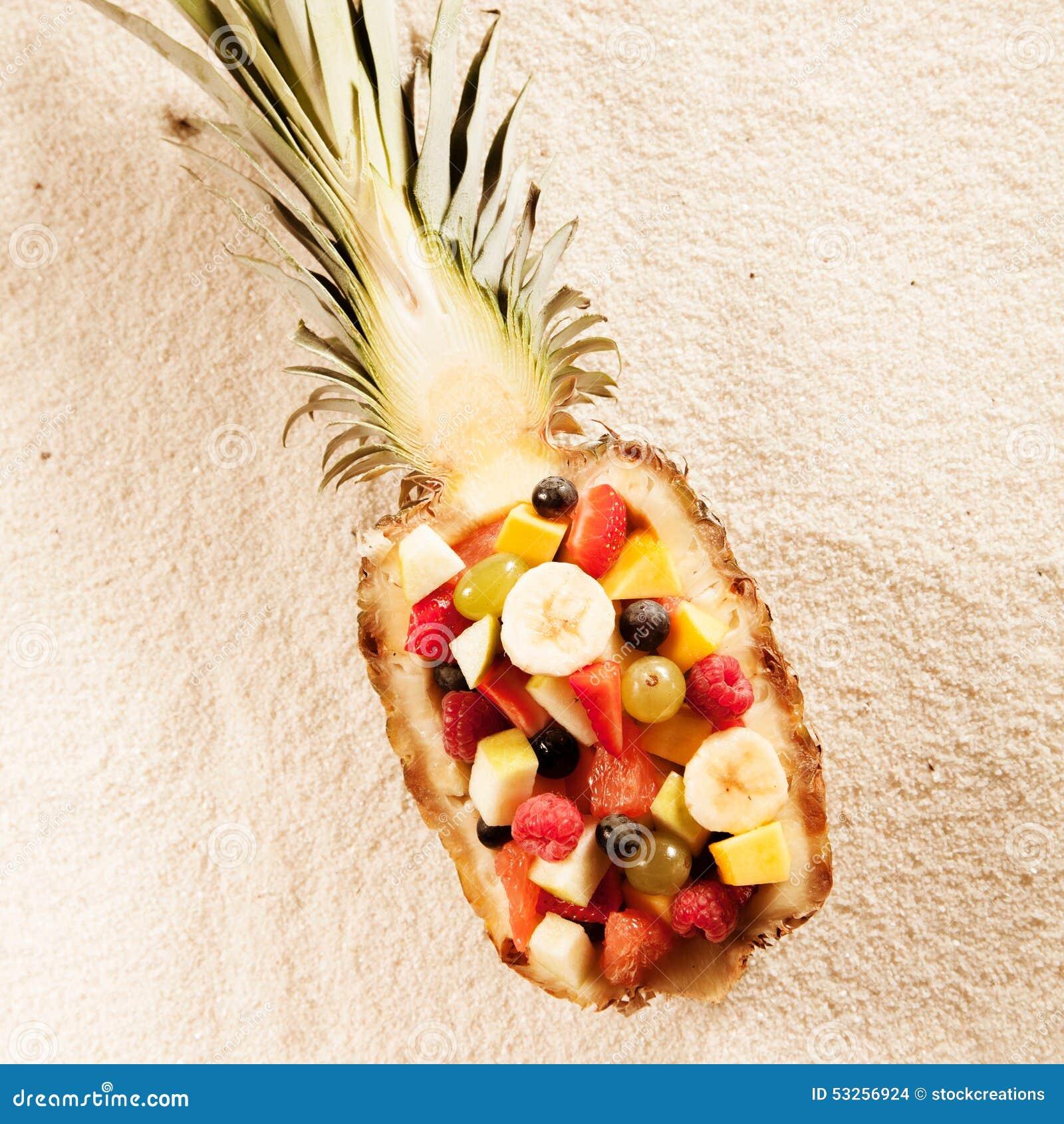Salade de fruits tropicale exotique fraîche