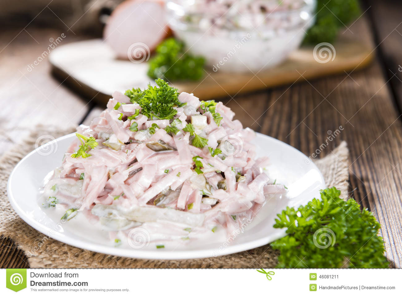 salade de viande avec la mayonnaise image stock image du d licieux cuisine 46081211. Black Bedroom Furniture Sets. Home Design Ideas