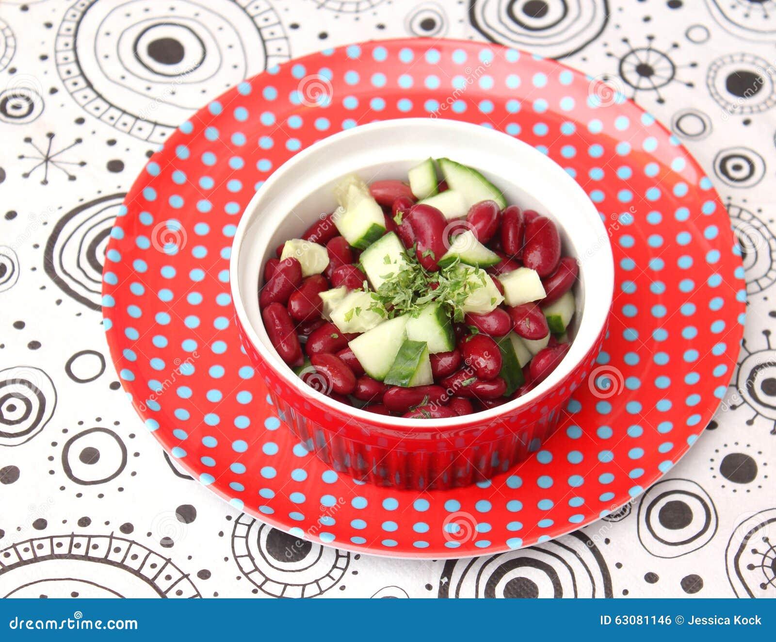 Download Salade des haricots photo stock. Image du secouez, oeuvres - 63081146