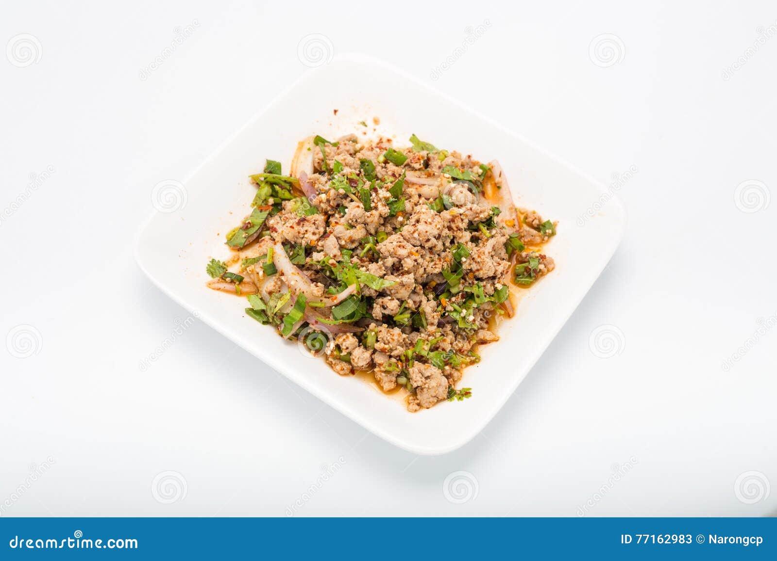 Salade hachée épicée de porc, mâche hachée de porc avec épicé