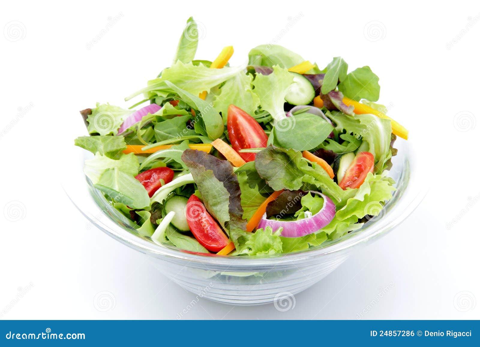 Salade mixte sur le fond blanc photo stock image du for Fond blanc cuisine