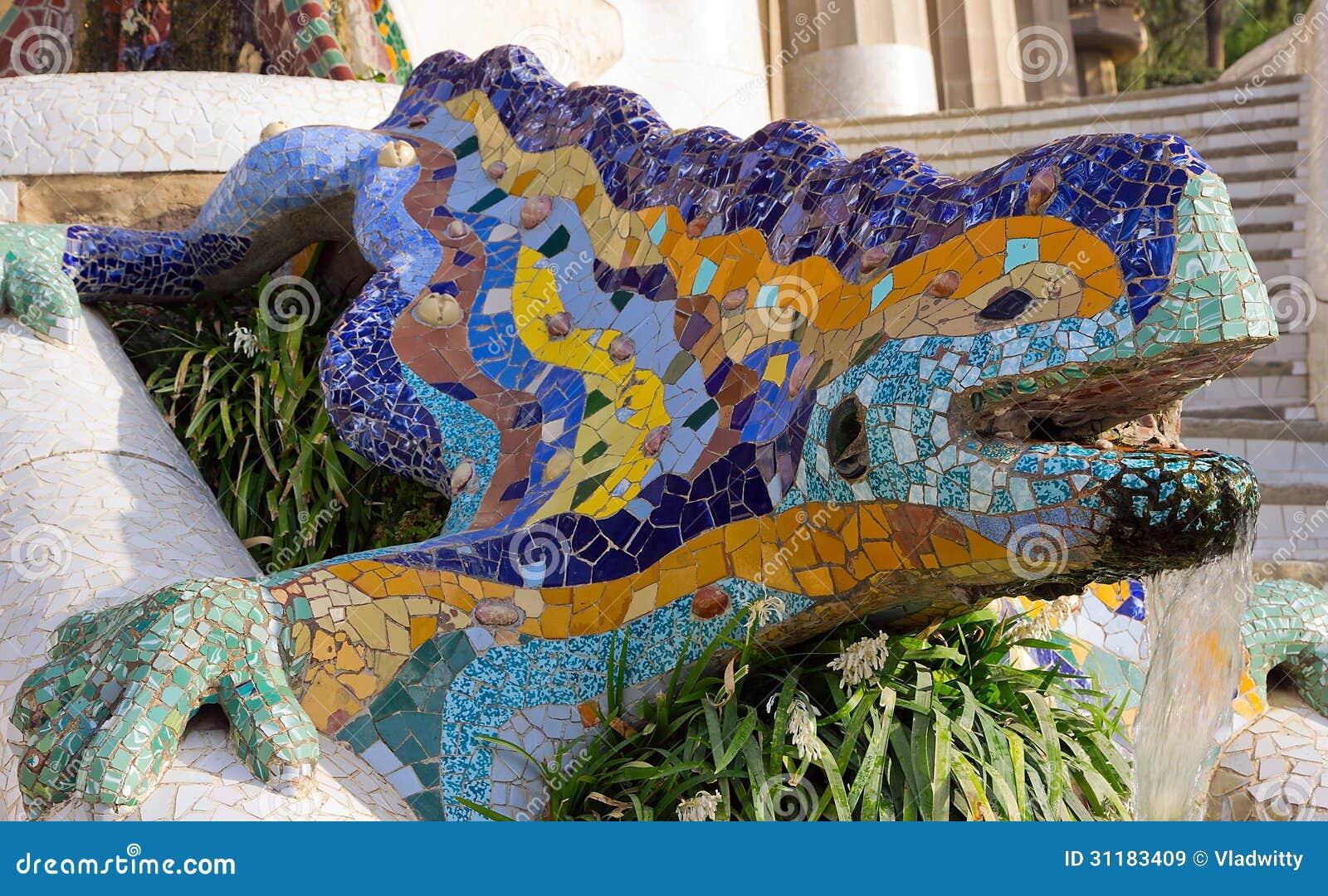 Salamandra Do Mosaico Marco De Barcelona Espanha