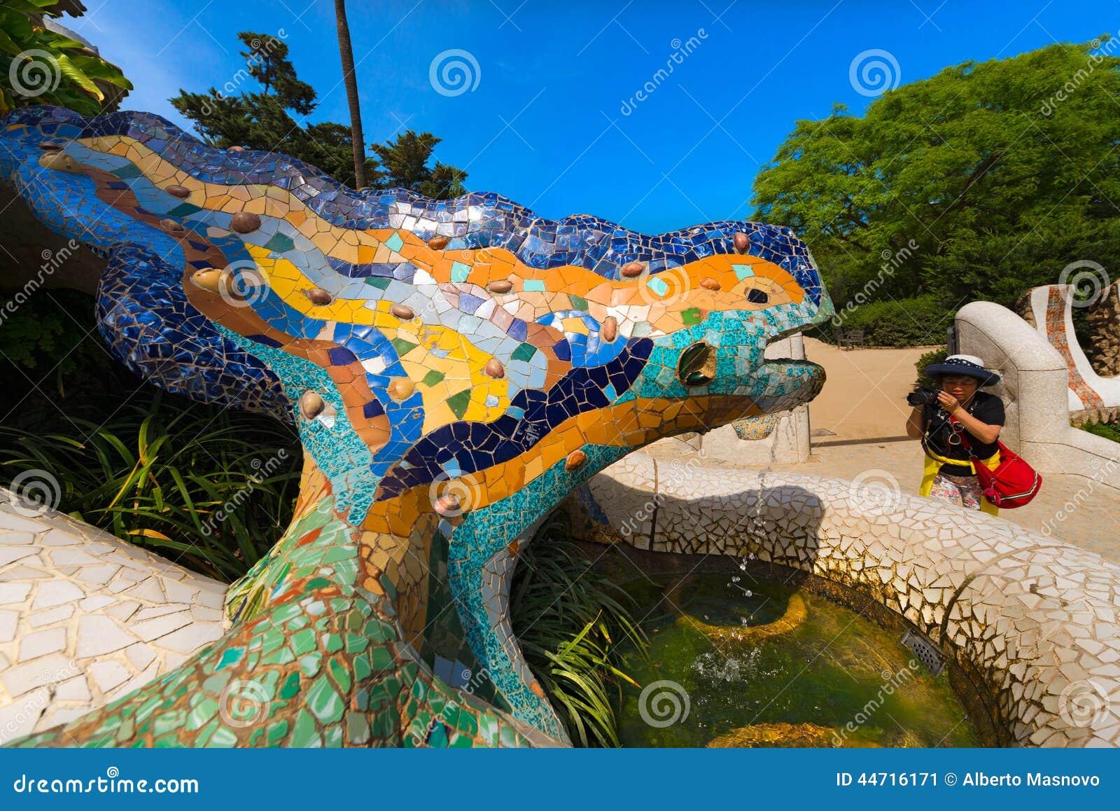 Salamandra Do Mosaico Parque Guell Barcelona Foto