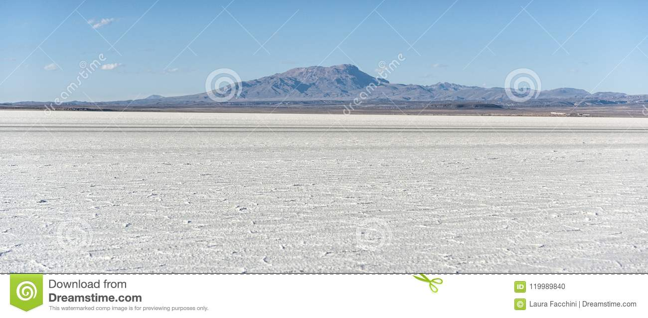 Salar de Uyuni is largest salt flat in the World UNESCO World Heritage Site - Altiplano, Bolivia