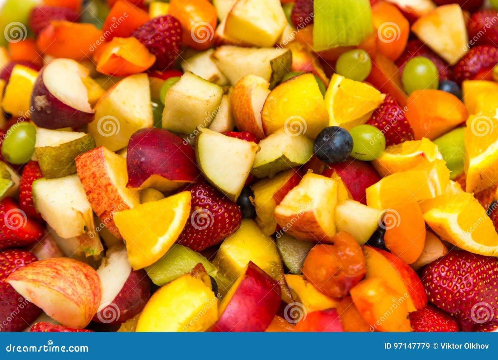 Salat Mit Frischen Fruchten Und Beeren Hintergrund Schussel Gesunder