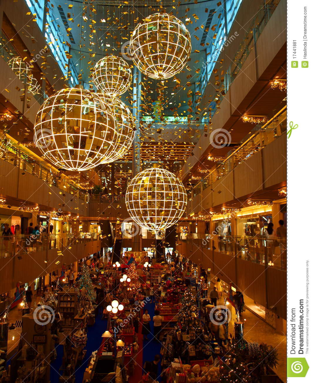 Lighting Stores In Paris: Sale At Shopping Mall Editorial Photo. Image Of Reflection