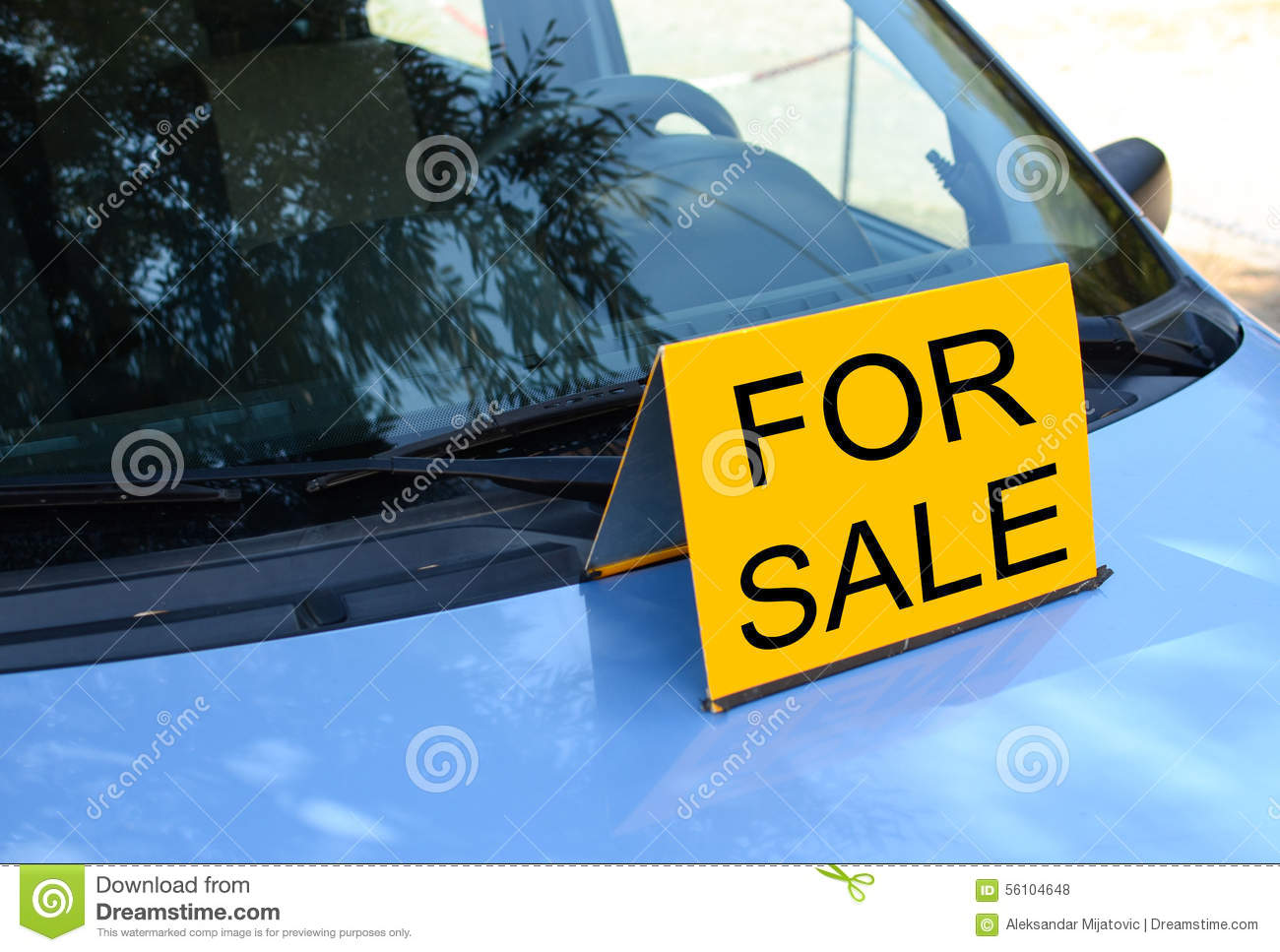 FOR SALE Sign On Car Sell A Car Concept Photo Image – Free for Sale Signs for Cars