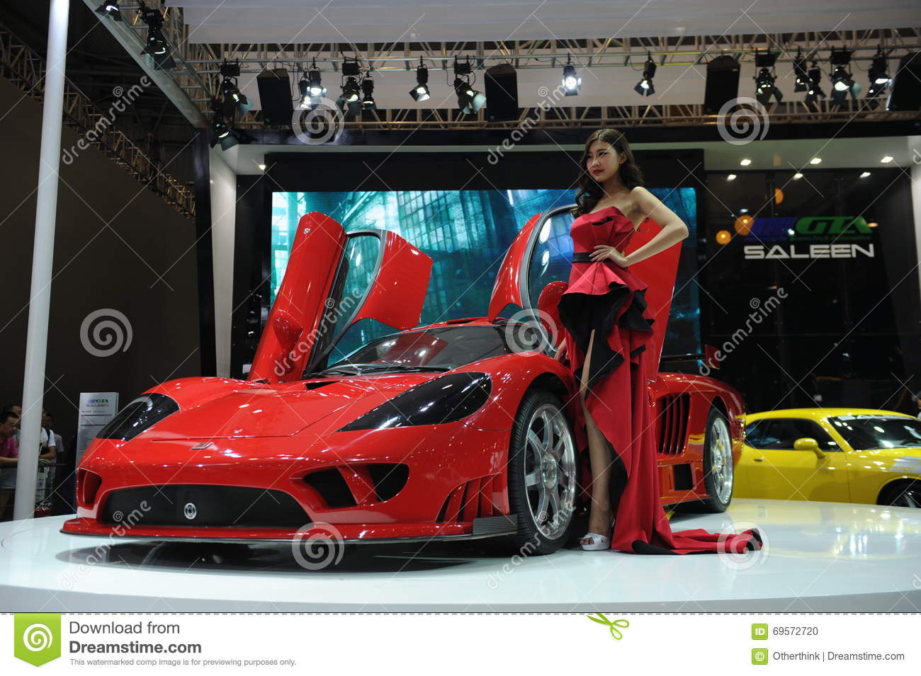 Saleen S7,Super Run,red,Beautiful Car Models