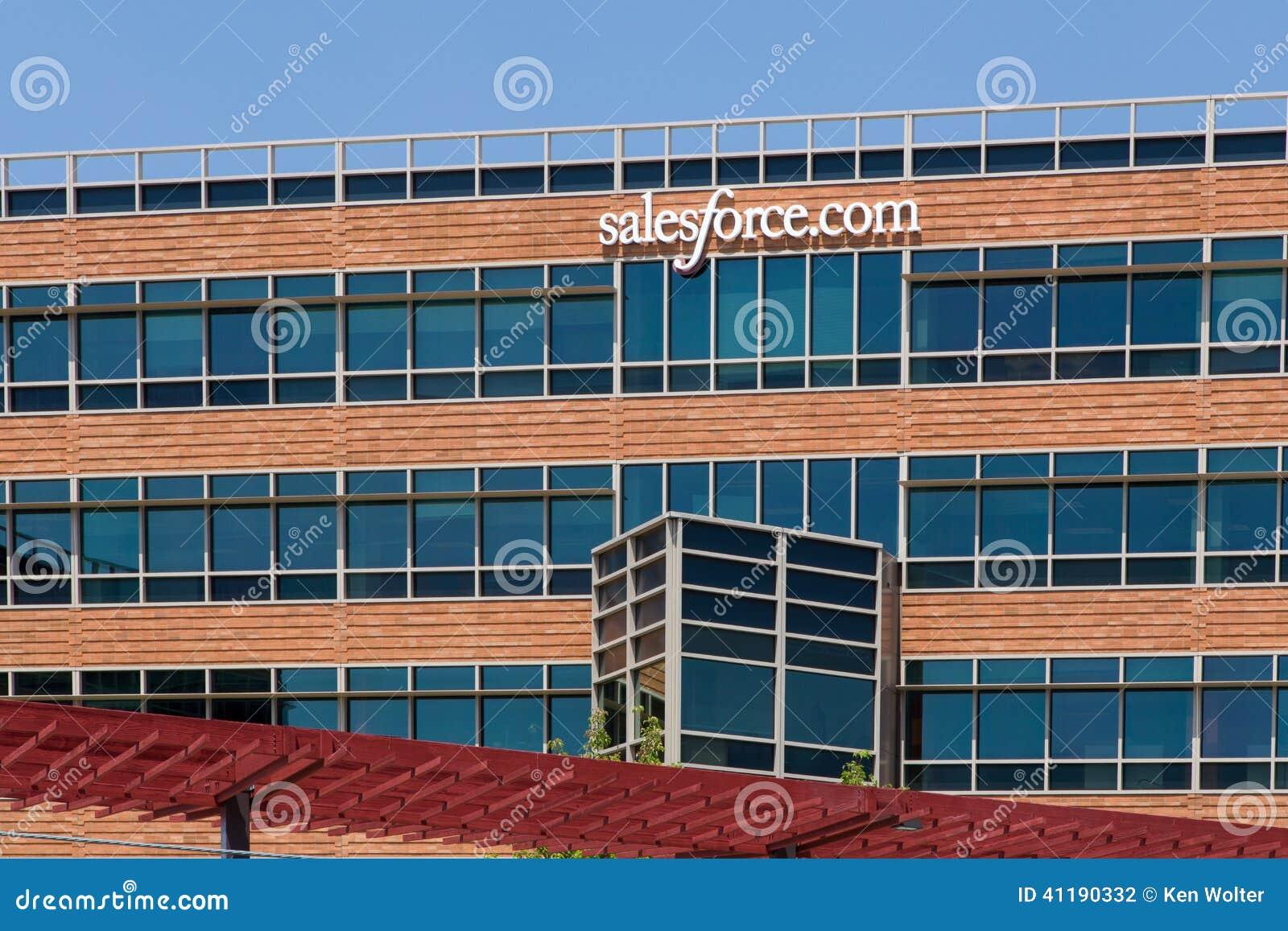 Salesforce Unternehmenszentrale COM