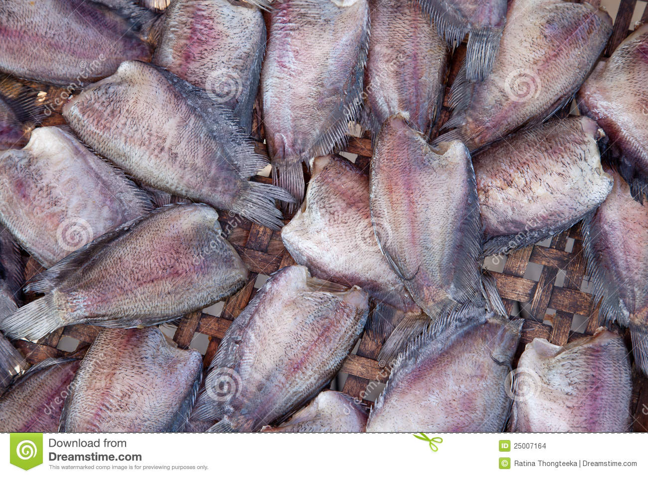 Salid fish for sale in market stock images image 25007164 for Stock fish for sale