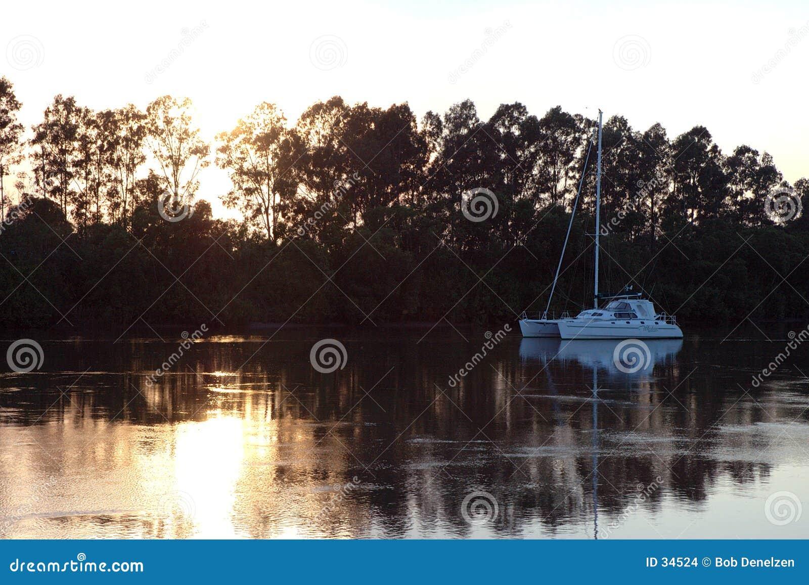 Download Salida del sol del río foto de archivo. Imagen de vela, runnel - 34524