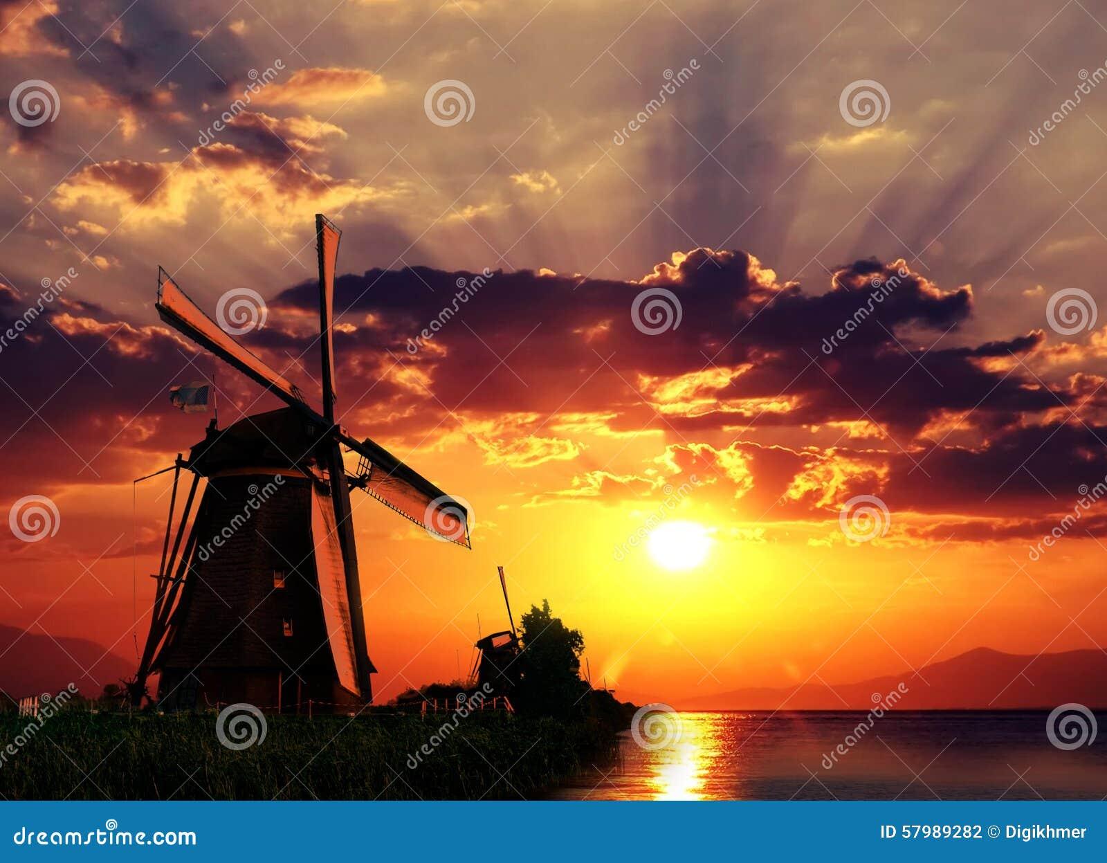 Salida del sol en el gigante de Países Bajos
