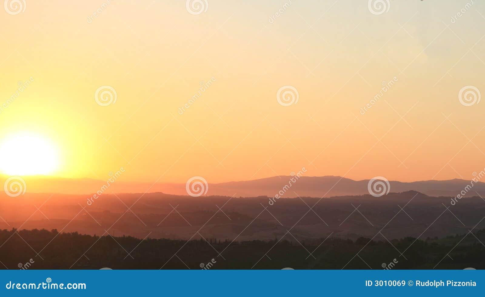 Salida del sol en Toscana