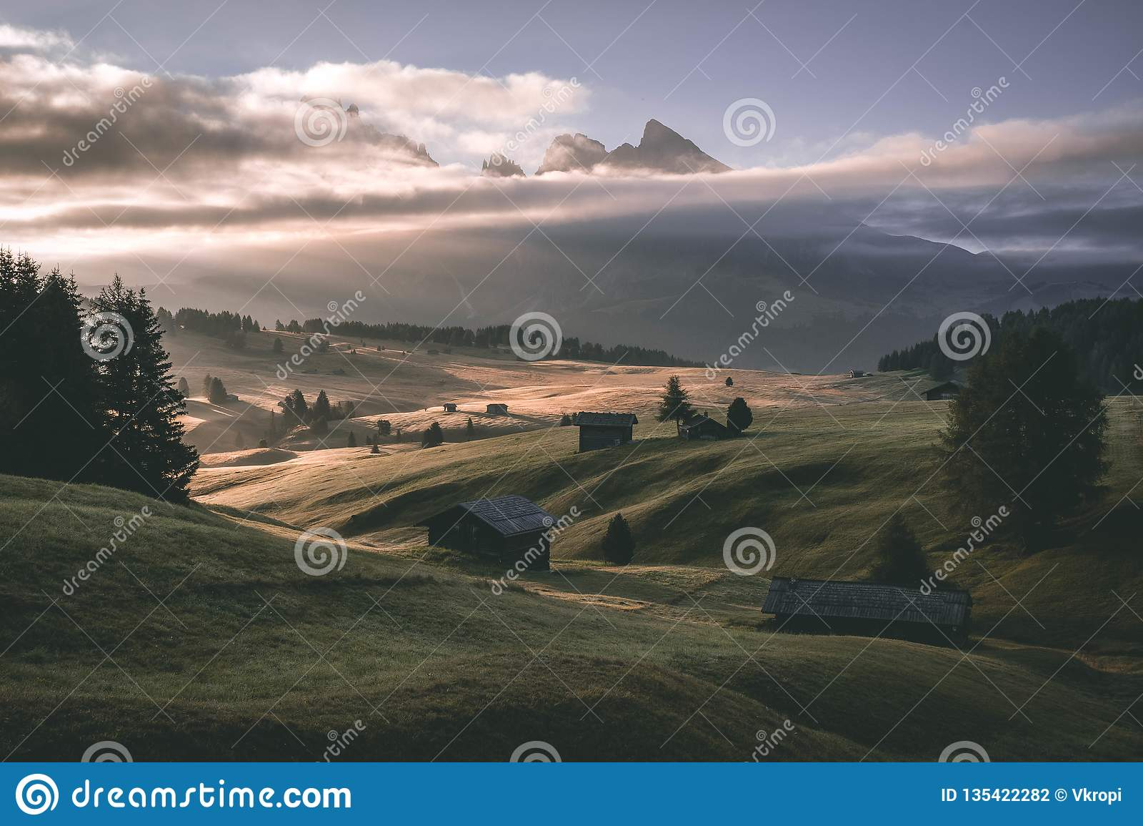Salidas del sol - Seiser Alm Italia Dolomity