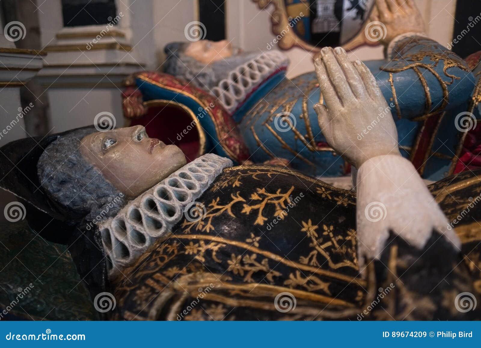 SALISBÚRIA, WILTSHIRE/UK - 21 DE MARÇO: Túmulo pintado de Sir Richard