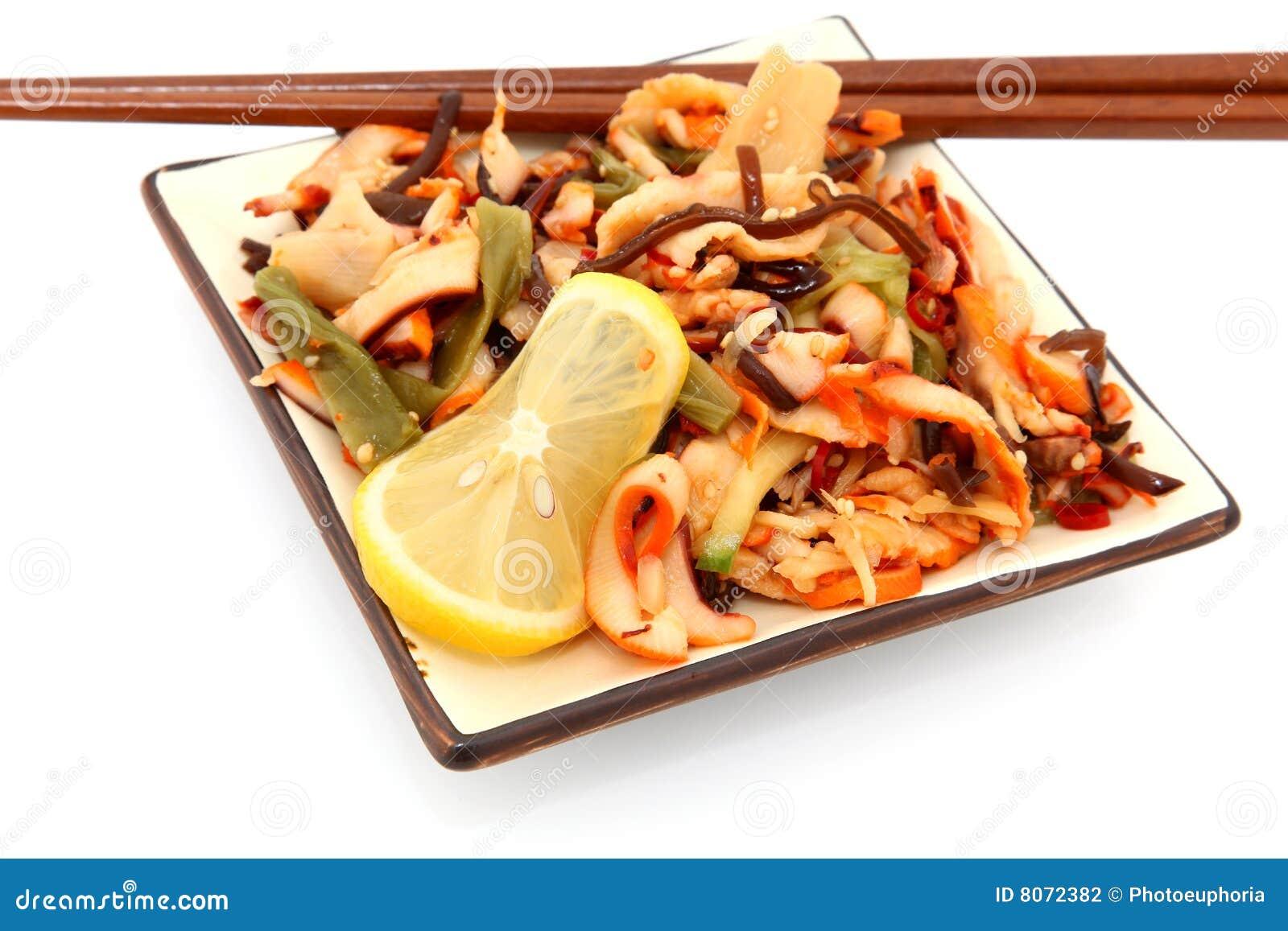 Salladtioarmad bläckfisk