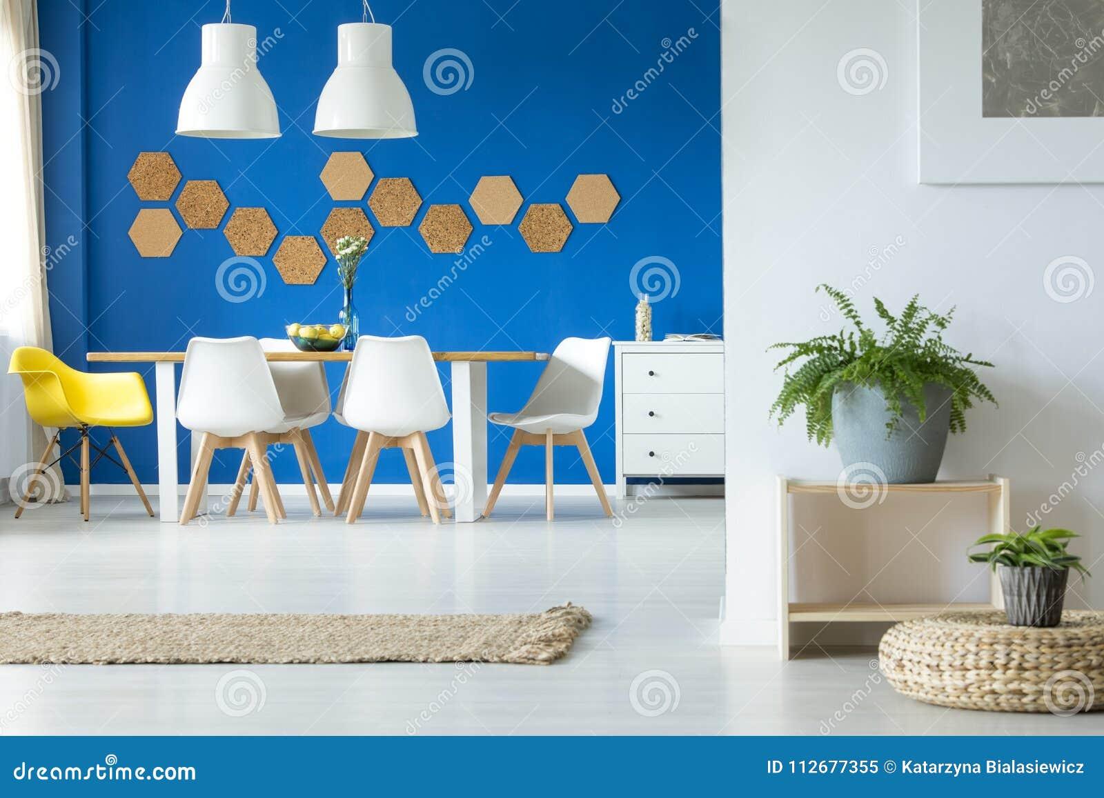 Salle A Manger Bleue Simple Image Stock Image Du Peinture Bleu