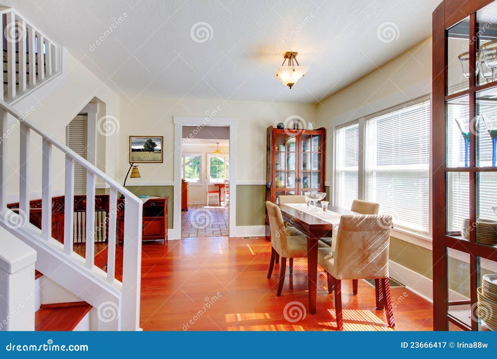 Salle Manger Dans La Belle Vieille Petite Maison