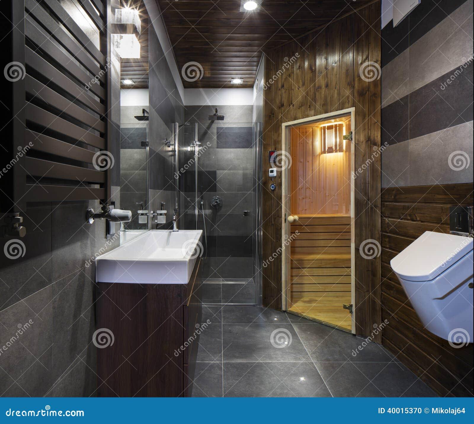 salle de bains avec le sauna photo stock image 40015370. Black Bedroom Furniture Sets. Home Design Ideas