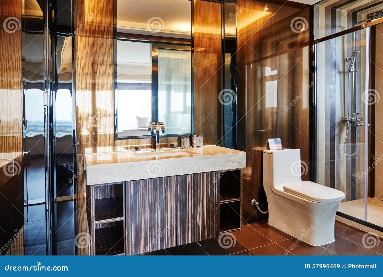 Salle de bains de luxe moderne photo stock   image: 57996469