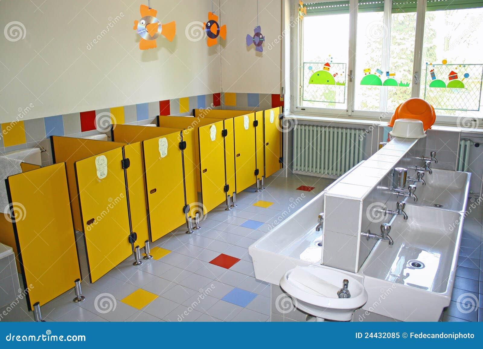 #C0930B Indogate.com Wc Dans Salle De Bain Tres Tres Petite 2653 petite salle de bain avec toilette 1300x957 px @ aertt.com